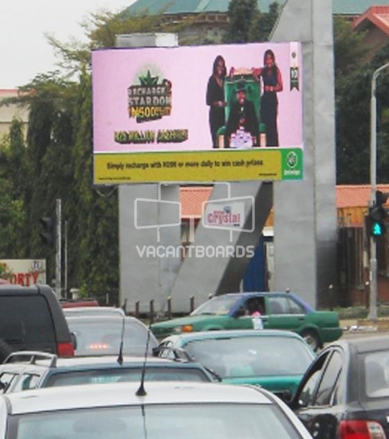 LED Abuja, Amadu Bello Way by Aminu Kano, Abuja