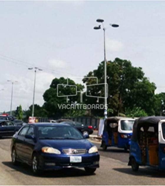 Lamp Post – Airport Road Warri, Delta