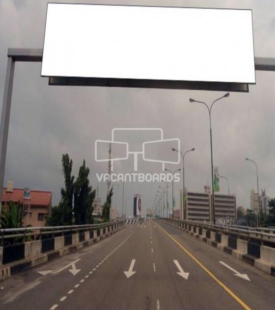 Gantry – Obalende Loop, Lagos