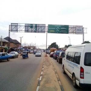 Facing traffic from Okpanam